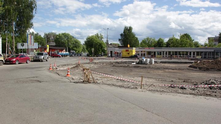 Расширили за счёт клумбы: когда в Ярославле откроют отремонтированную Комсомольскую площадь