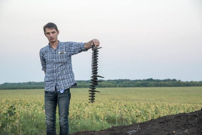 После происшествия возле памятника поднимался вопрос о выдворении Игоря Щуки за пределы страны, но парень подался в бега