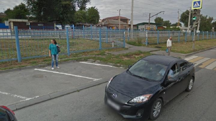 В Ростове на Нансена двое мужчин зарезали женщину