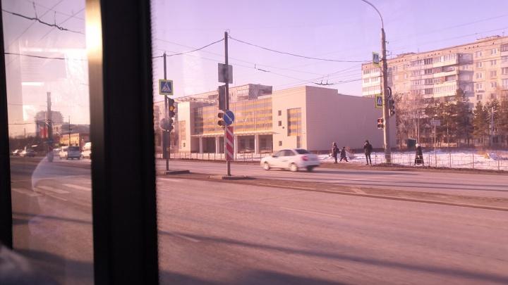 «Что здесь строят?»: на левом берегу откроют новый развлекательный центр