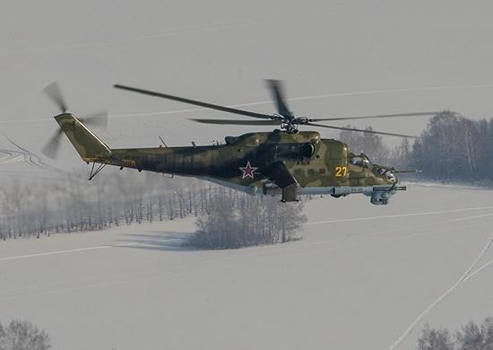 Новосибирских военных отправили на Алтай учиться летать на вертолётах в горах