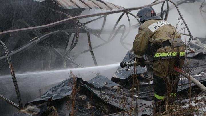 В Башкирии из-за замкнувшего холодильника сгорела детская поликлиника