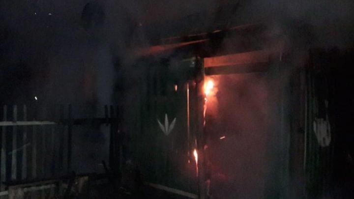 В Башкирии в огне погибли женщина и мужчина