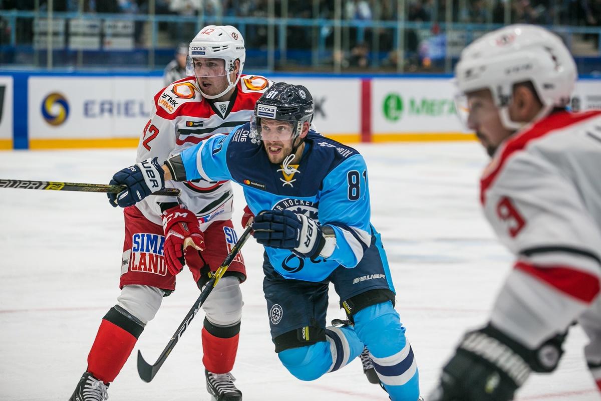 «Сибирь» не смогла одержать победу в первой домашней игре