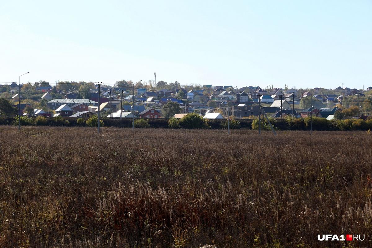 В сентябре этого года мэрия обратила внимание на участок близ поселков Жилино, Зинино
