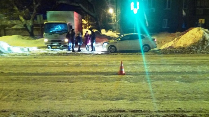 Пролетел на красный: в Самаре водитель «Приоры» сбил 8-летнюю девочку на зебре