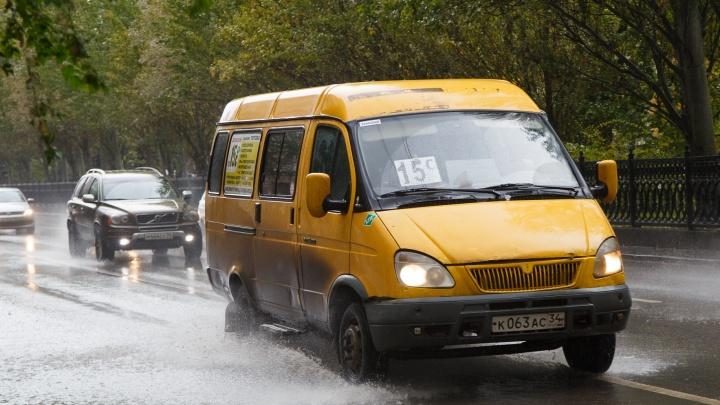 МЧС предупреждает волгоградцев о граде и усилении ветра