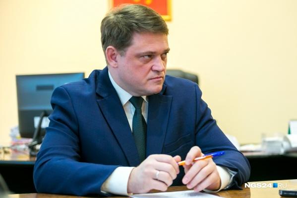 Руководитель департамента городского хозяйства Юрий Шестопалов