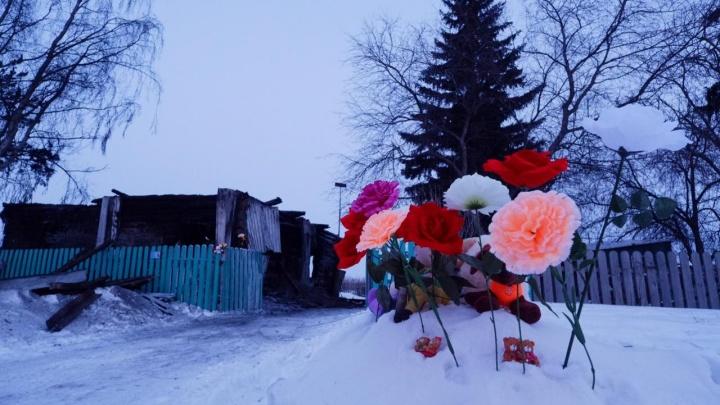 Трагедия в Полойке: семья депутата погибла в пожаре