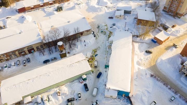 Хроника ЧП в Академгородке, где рухнула крыша и погибла девушка