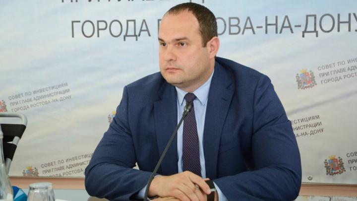 Уволен заместитель Виталия Кушнарева по экономике Дмитрий Чернышов