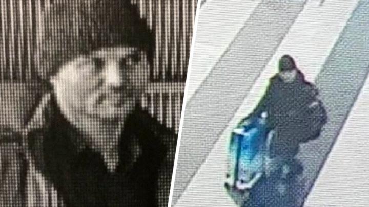 Мужчина, бросивший двух детей в Шереметьево, сдался следователям Батайска