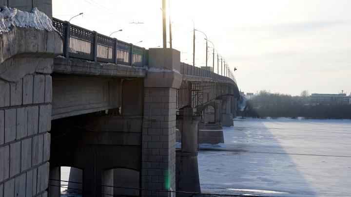 Летом в Омске перекроют Ленинградский мост из-за ремонта