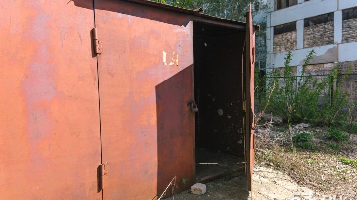 Поселок Мехзавод хотят очистить от гаражей, автомагазинов и заправки