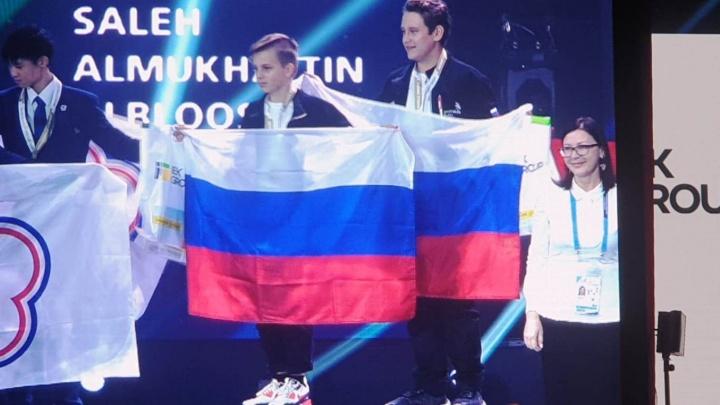 Девятиклассник из Новосибирска обогнал китайцев и арабов на чемпионате по электромонтажу