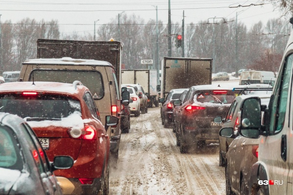 С помощью Южной обводной дороги власти планируют избавиться от пробок