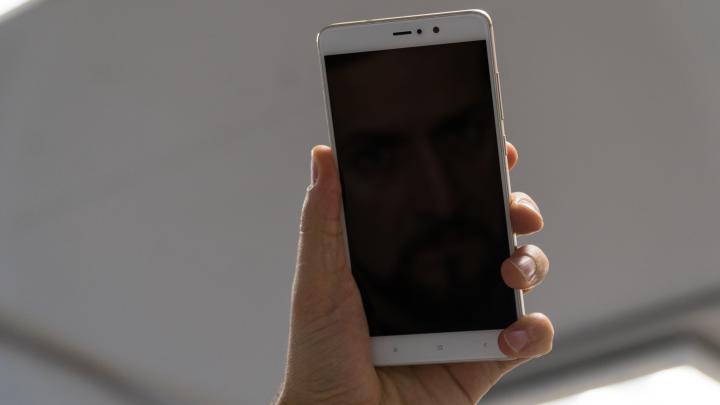 В Перми украденный телефон снял вора на видео