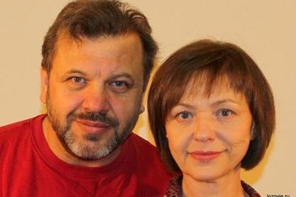 Ведущие и авторы курса — Владимир и Татьяна Лозовые