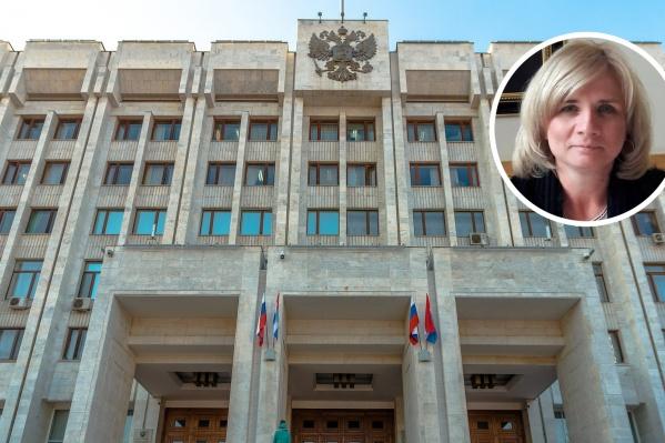 Елена Дуброва много лет работает в сфере финансов