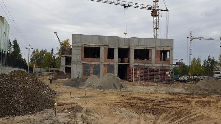 С навесами и горками-кубиками: как будет выглядеть новый детский сад на Охотской