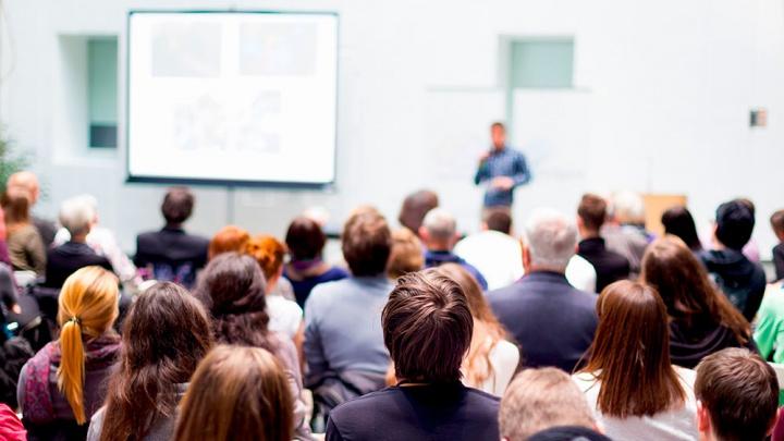 Научат и поддержат: стартуют семинары для общественников, волонтеров и просто активных граждан
