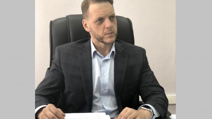 «Хотели напакостить»: глава областного ведомства заявил об угрозах и попытке взломать его квартиру