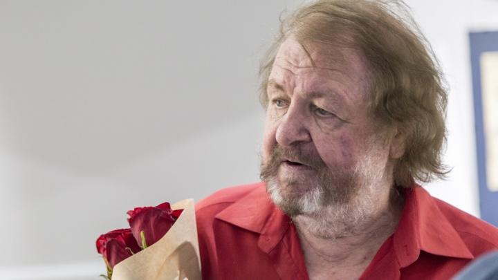 «Просто быть»: в Волгограде открылась выставка известного художникаЛеонида Гоманюка