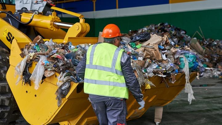 Тюменская жилинспекция нашла в квитанциях двойные платежи за мусор