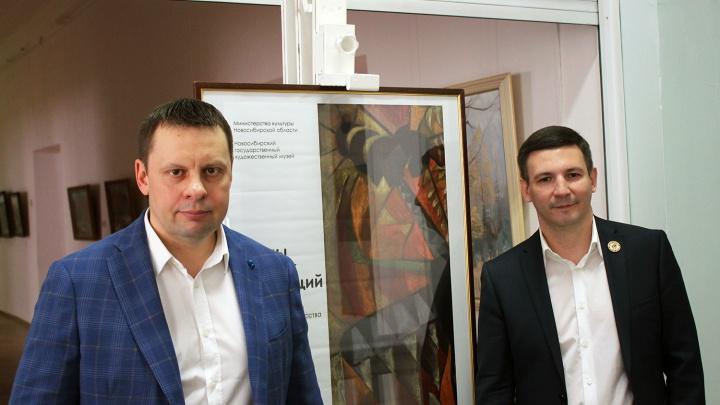 Новосибирский бизнесмен показал личную коллекцию картин стоимостью в миллион долларов