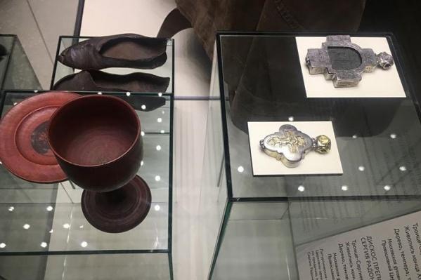 Артефакты и святыни впервые вывезли из Троице-Сергиевой лавры