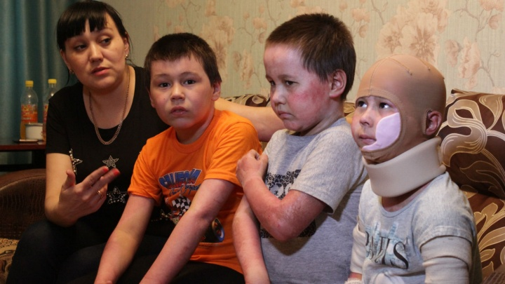 «Я в эту квартиру не вернусь»: интервью с многодетной семьёй, пострадавшей от взрыва в Кордном