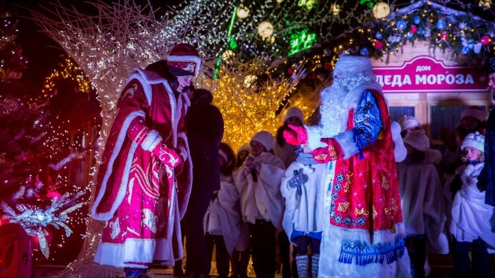 На Деда Мороза одна надежда: новосибирцы назвали закрытый ипотечный кредит лучшим подарком