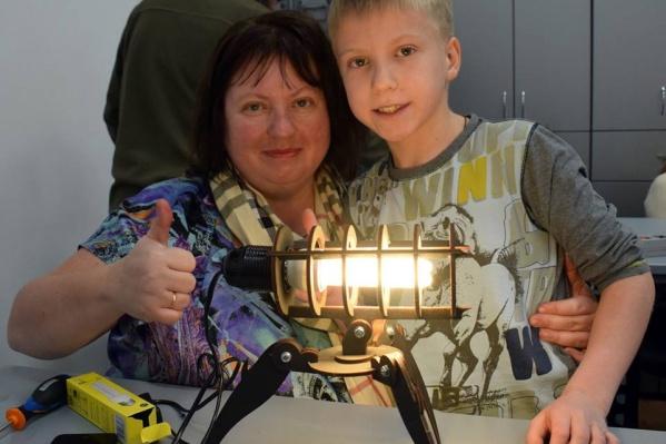 Общественница Дарья Мосунова убеждена в пользе сна подростков вместе с родителями