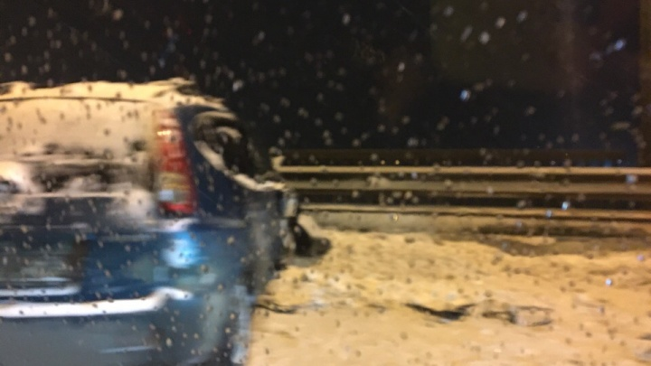 В Ярославле произошло массовое ДТП: машины разметало по дороге, пробка в обе стороны