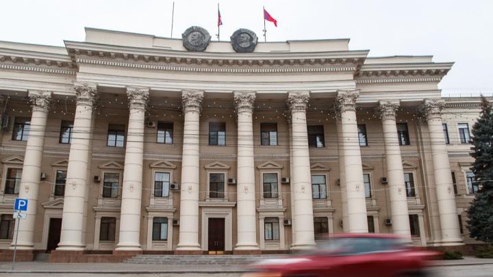 В Волгоградской областной думе распределили мандаты: 28 единороссов и 10 остальных