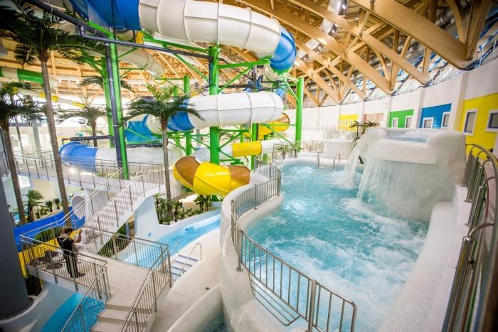 Жители Красноярска подозревают, что могли заразиться мононуклеозом в новосибирском аквапарке«Аквамир»