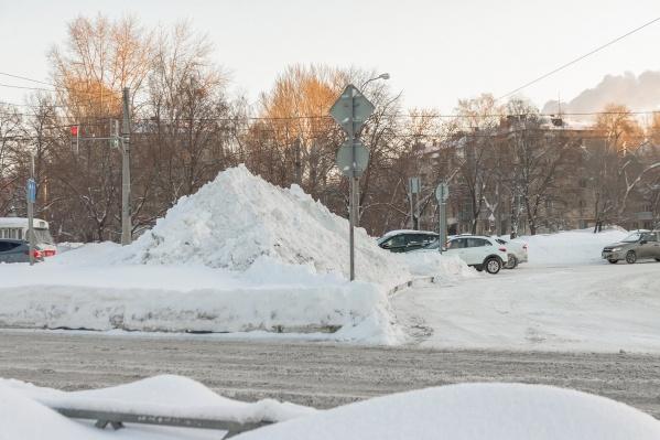 Высота снежного покрова в 2 раза превысила прошлогодние показатели