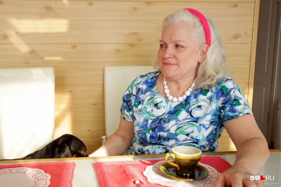 Елена Гельфанд создала собственную радиостанцию после выхода на пенсию