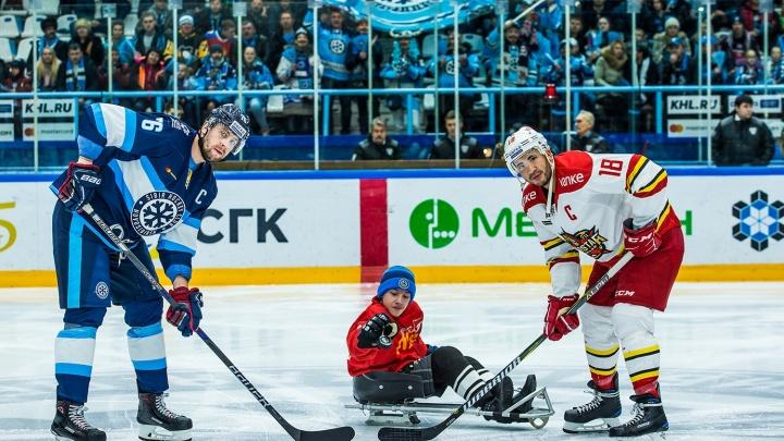 Хоккей: «Сибирь» проиграла китайской команде в домашнем матче