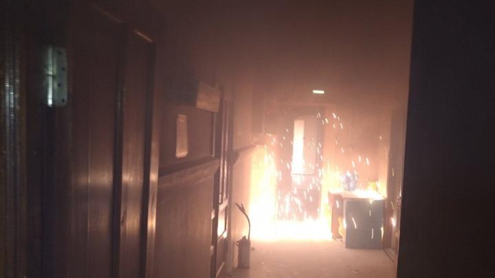Из-за короткого замыкания в Кунгуре эвакуировали больницу. Видео