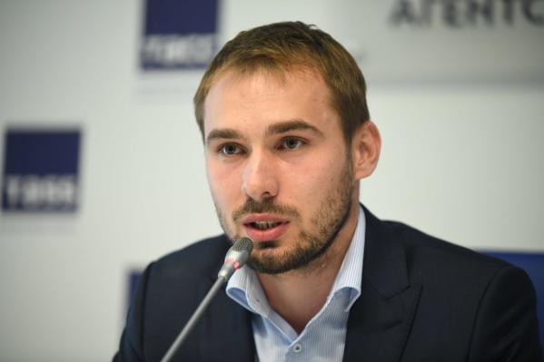 Антона Шипулина лишат золота в эстафетеОлимпийских игр 2014 года в Сочи