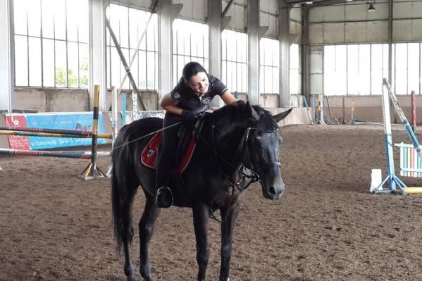Элла Топильская много лет занималась конным спортом