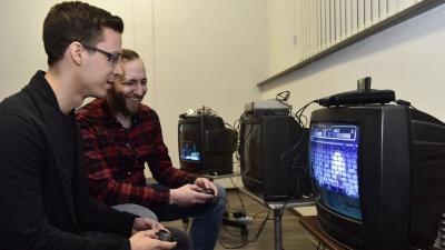 Былое и DOOMы: рубимся в видеоигры из 90-х на фестивале в Екатеринбурге