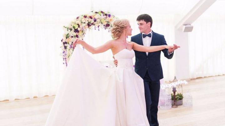 Место со свадебным настроением: три невесты рассказали, как им удалось устроить свадьбу мечты
