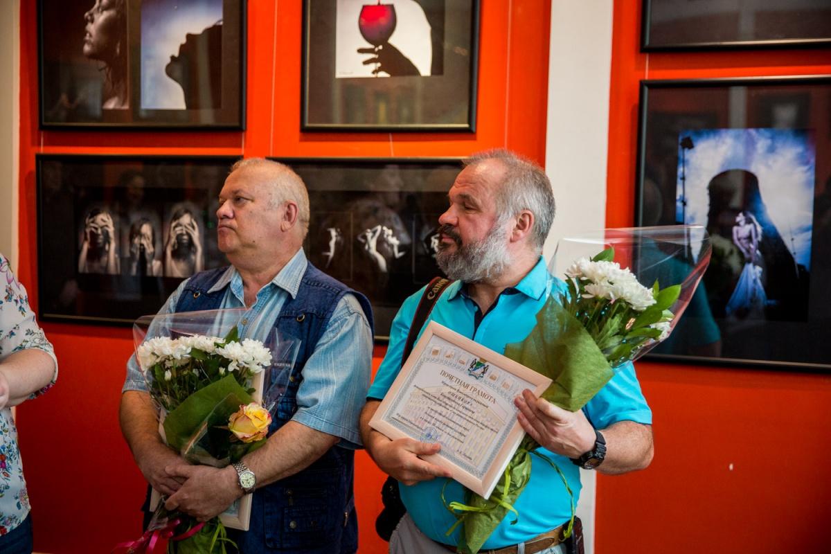 Александр Копалов (слева) и Константин Ощепков (справа) на совместной выставке «Юбилей на юбилее»