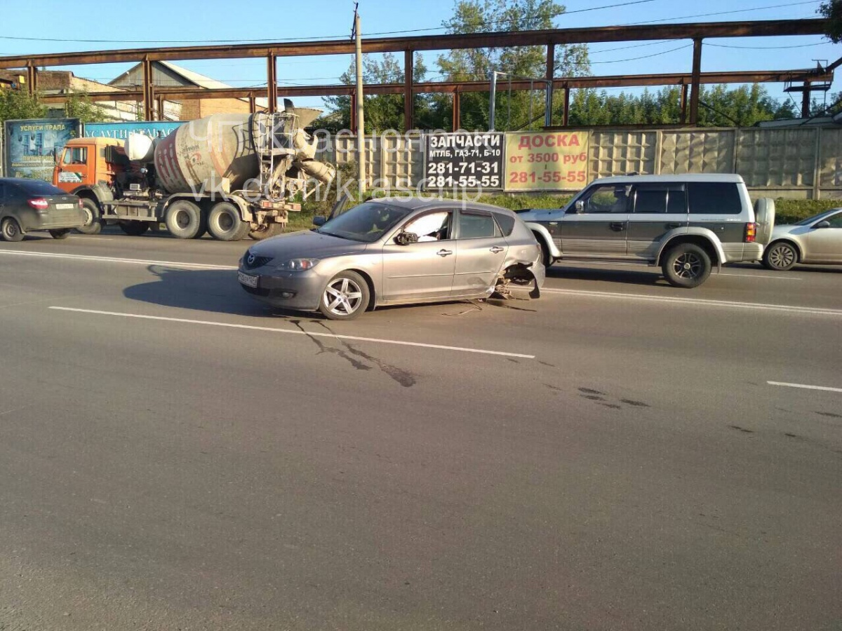 Молодой шофёр устроил массовое ДТП натрассе и умер