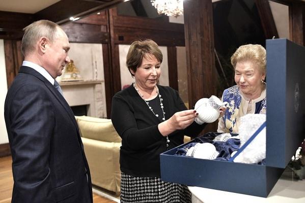 Президент РФ заехал к Юмашевой в гости