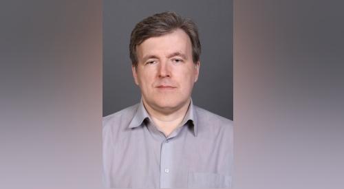 Ученый СФУ написал двухтомник о пьянстве в России и взял награду за самую востребованную книгу