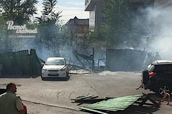 Пожарные справились с огнем за 15 минут