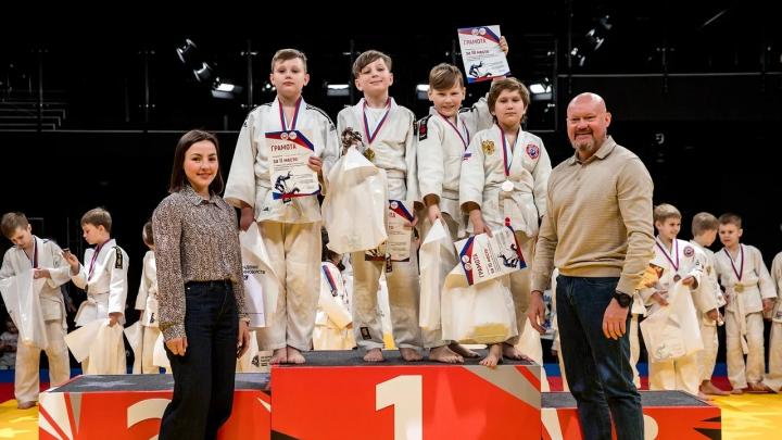 Юные дзюдоисты сразились в Екатеринбурге: призеры турнира — сыновья Рожкова и полпреда Цуканова